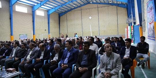 افتتاح و بهره برداری از دو مورد پروژه آبخیزداری در شهرستان تنگستان با حضور استاندار بوشهر